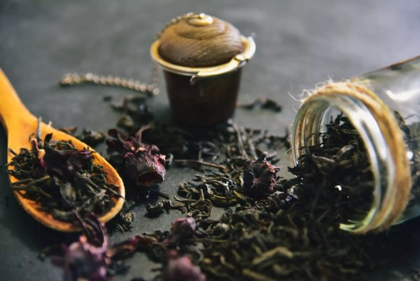 MonsoonHacks: Reuse tea leaves for beauty and home care - Times of India