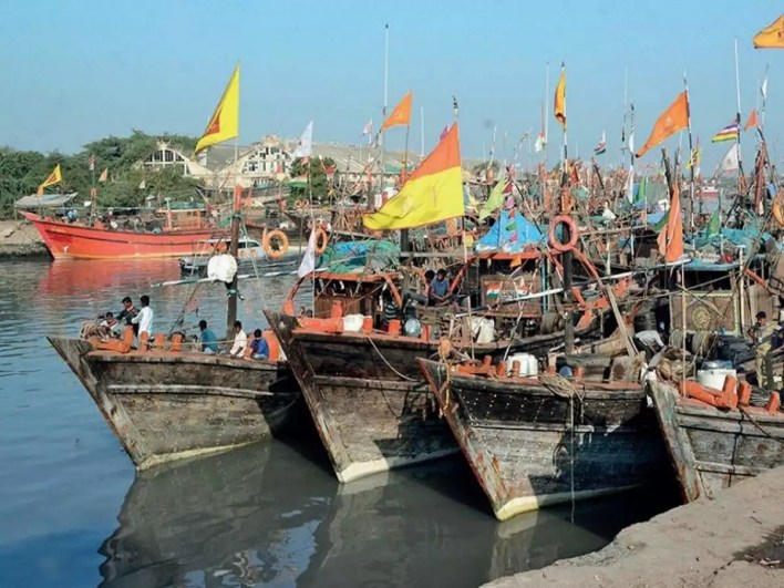 Fishermen the biggest catch in Veraval polls   Surat News - Times of India