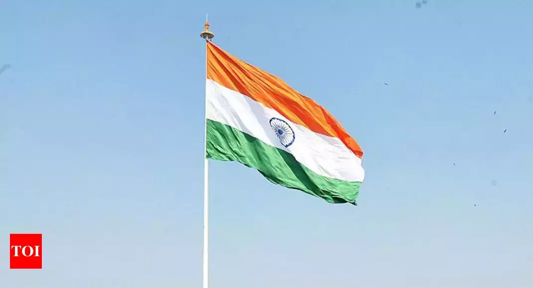 Indian Flag Animation Wallpaper Indian Flag 100 Ft Tricolours To Be Installed At 75