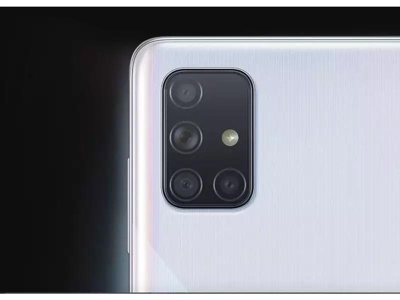 Rear camera: Both Samsung Galaxy A71 and Realme X2 Pro come with 64MP quad-rear camera setup