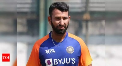 Cheteshwar Pujara:  India vs England, 2nd Test: Injured Cheteshwar Pujara off field on Day 2, Mayank Agarwal substitutes | Cricket News – Times of India