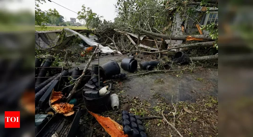 Storms spawn twisters in Mississippi, kill 2 in Georgia – Times of India
