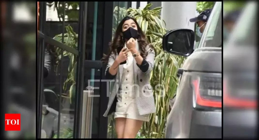 """Rashmika Mandanna covers her face with her hands after forgetting to wear a mask;  gets trolled by Internet users for """"overaction"""" – watch 