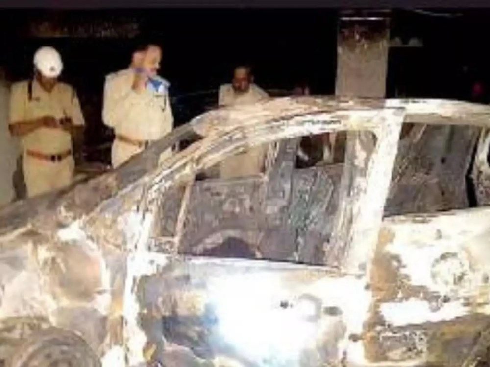 medium resolution of bengaluru year after car blaze killed mother and son 5 maruti staffers chargesheeted