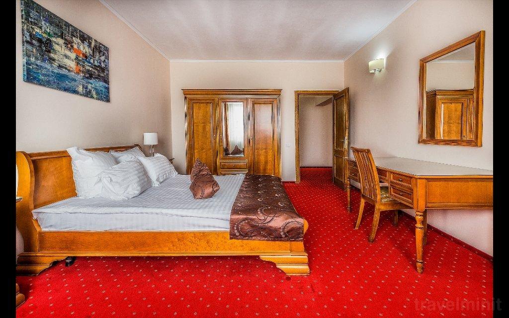 Athos Rmt Hotel Cluj Napoca Travelminit Com