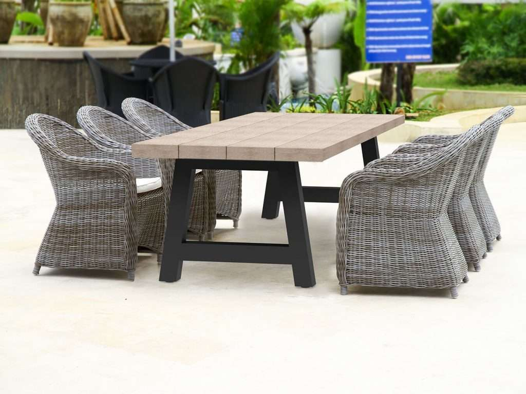 Wicker Outdoor Dining Chairs Monaco Round Dining Chair