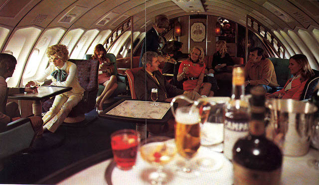Lounge da primeira classe nos anos 70.