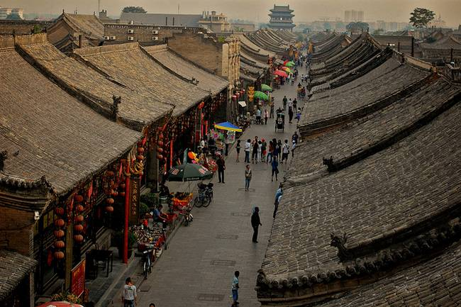 All of the streets in the walled-in city are like this
