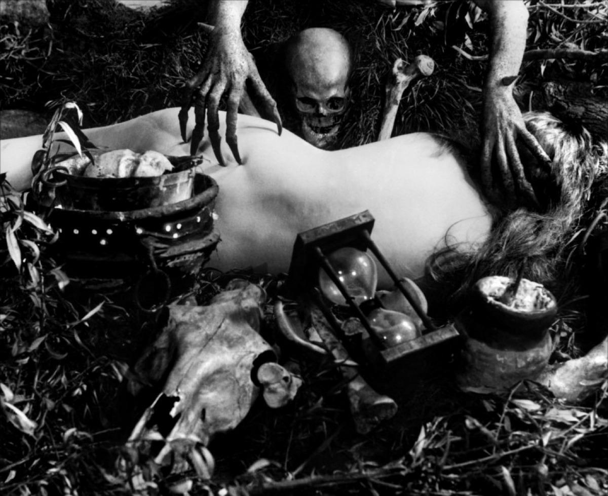 Fotograma de la película. Häxan (1922).
