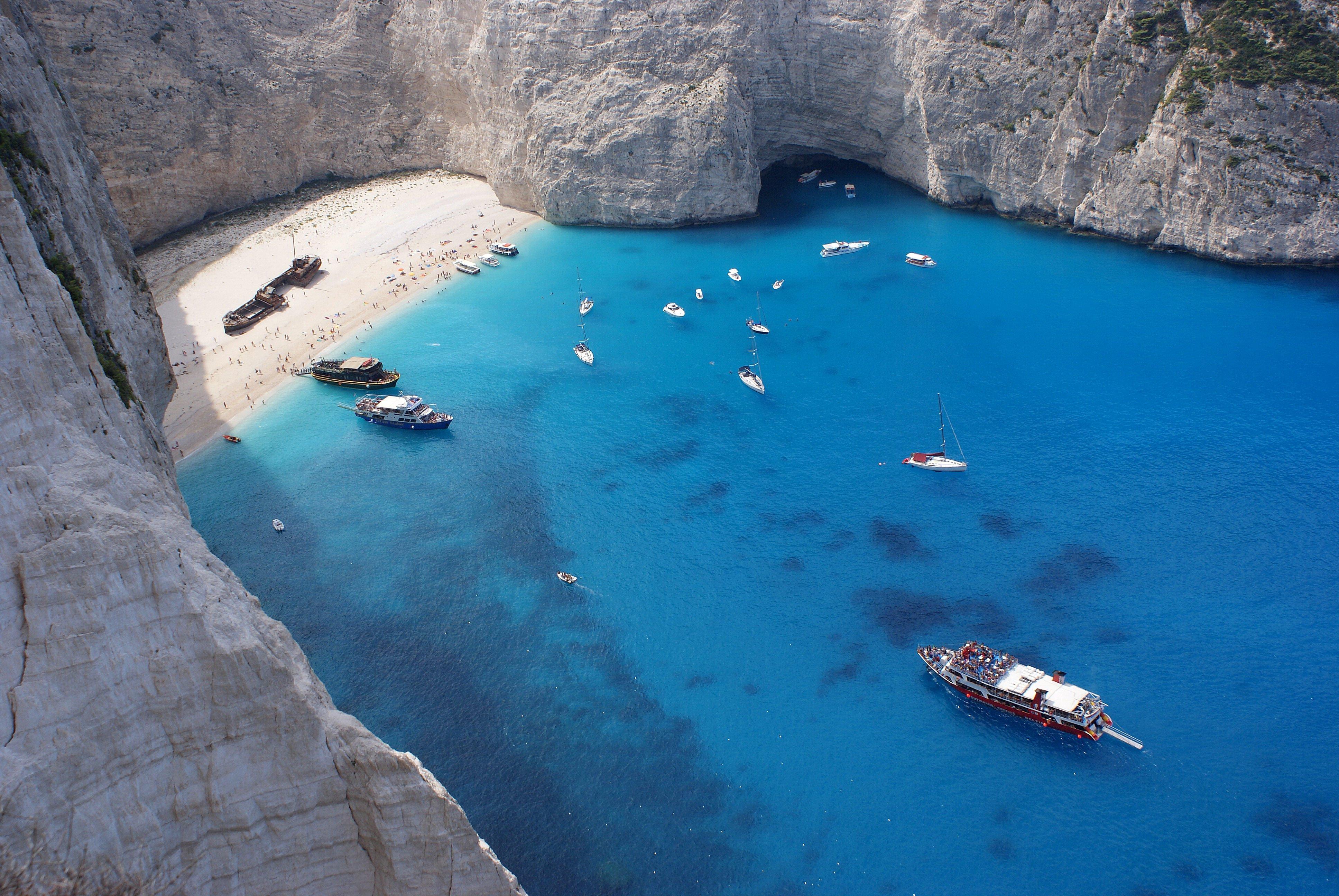 Spiaggia del relitto  Viaggi vacanze e turismo Turisti