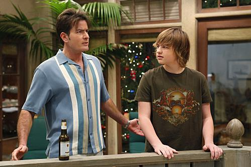 TWO AND A HALF MEN / 2010 / CBS / Warner