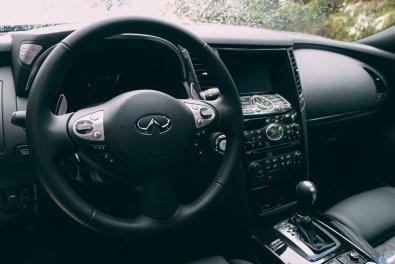 Der Infiniti QX70S ein sportlicher SUV