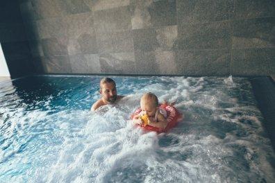 Kinderhotel Habachklause Babyschwimmen