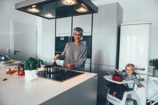 Küchenalltag mit dem Zaaz Hochstuhl