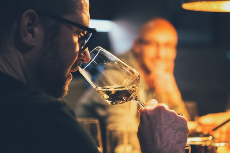 Ein Gläschen Wein zum La Soa Chalet Fondue