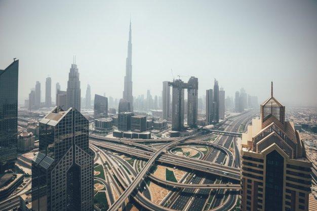 Dubai von oben! Fotografiert aus dem 42. Stock des Shangri-La Hotels