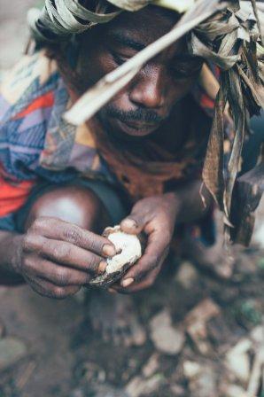 Pygmäe im Bwindi Nationalpark
