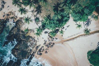 Drohnenfotografie am Strand in Sri Lanka