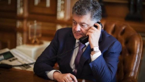 Порошенко обговорив з Путіним звільнення заручників - ЗМІ