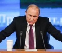 Путин на Донбассе клонирует ситуацию с Берлинской стеной - эксперт