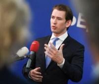 Канцлер Австрии заверил Зеленского в поддержке реформ