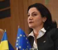ЕС ужесточит санкции, если Россия не вернет пленных моряков — Климпуш-Цинцадзе