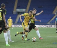 Первая лига: «Металлист-1925» обыграл «Рух», ничья «Днепра-1» и «Ингульца»