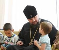 Епифаний посетил Центр социально-психологической реабилитации детей