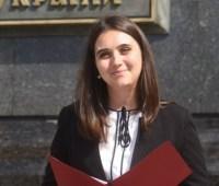 Новая пресс-секретарь Президента обещает журналистам частые брифинги