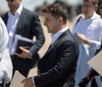 Зеленский в Мариуполе встретился с молодежью и представителями бизнеса