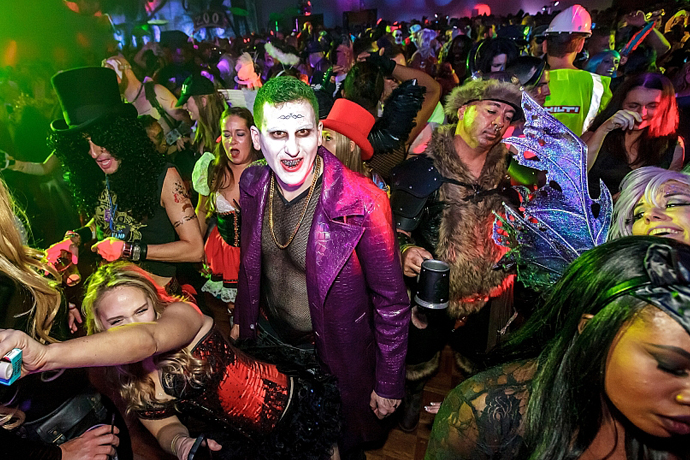 Entering area15 you'll be transported into a kaleidoscope of color, light, and sound. It S Halloween Time In Vegas Don Your Costume And Get Thee To These Parties
