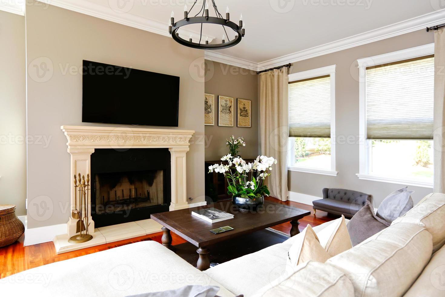 https fr vecteezy com photo 1258885 salon de luxe lumineux avec cheminee et tv
