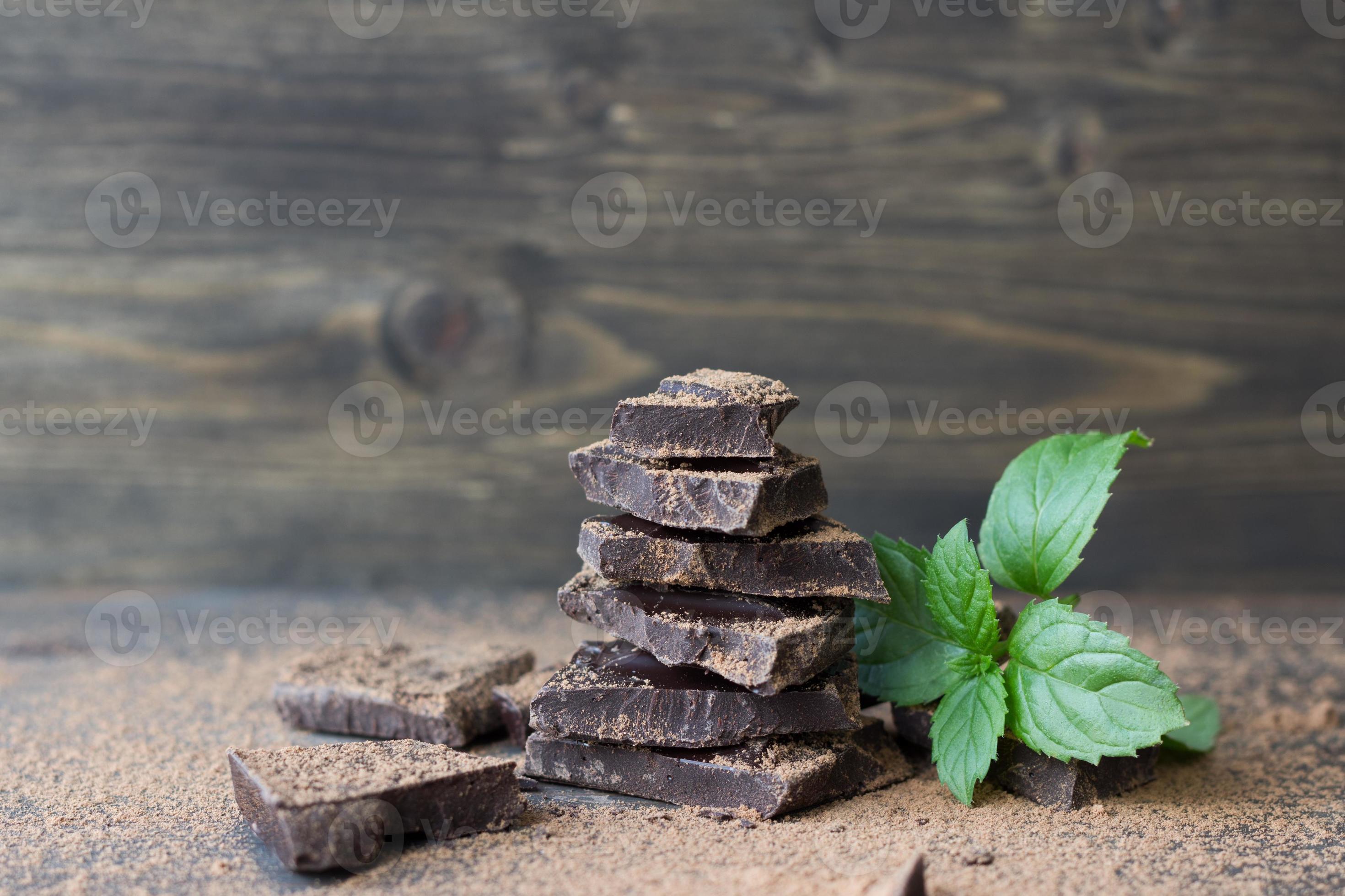 chocolat noir a la menthe saupoudre de