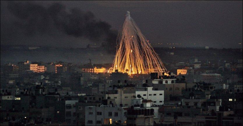ANGREP: De israelske angrepene på Gaza i 2009 førte til krass kritikk mot Israel, blant annet i Norge. Fortsatt sliter landet med omdømmet, viser en undersøkelse. Foto: AP