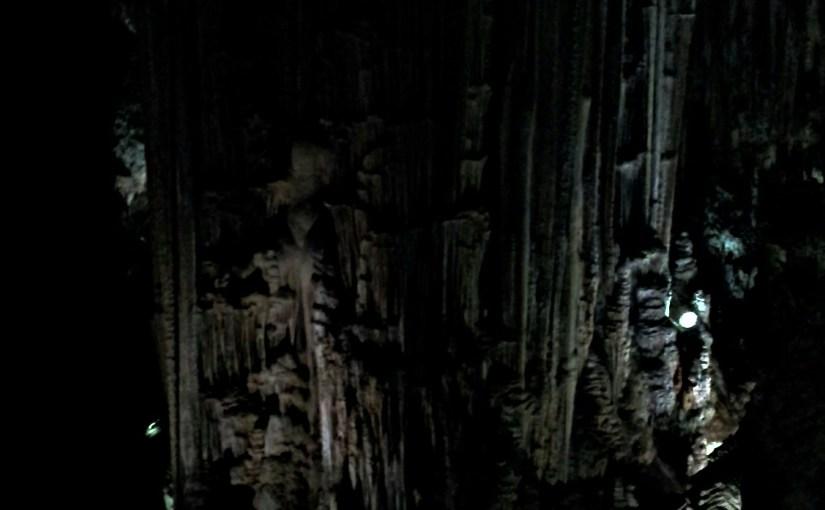 Grottor och mörker