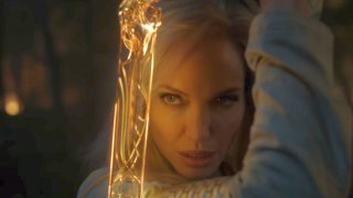 Вечните (5 ноември 2022 г.) Анджелина Джоли вече е герой от комикси във филма на Marvel.