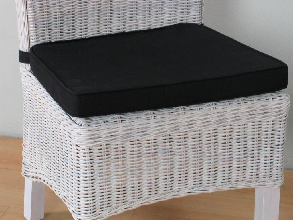 Stoelkussen zwart voor rotan stoel Larissa  45x42 cm