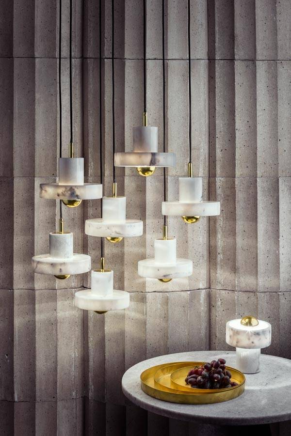 Stone hanglamp van wit carrera marmer  NORDIC NEW