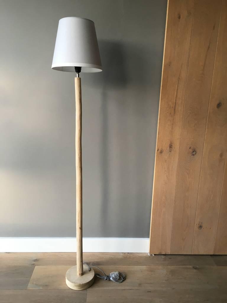 Houten boomstam vloerlamp  Puur Basic Interieur