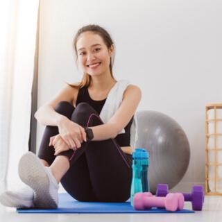 ممارسة التمارين الرياضية في المنزل