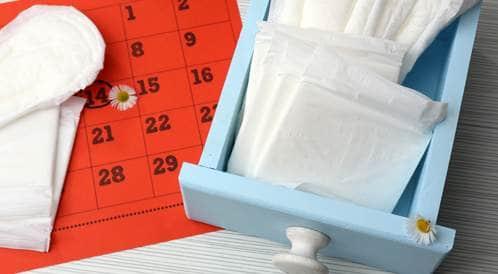 تاخير الدورة الشهرية باستخدام حبوب منع الحمل ويب طب