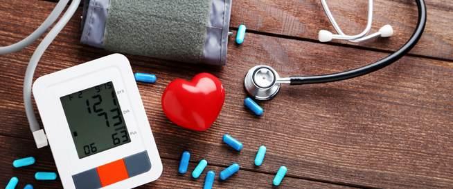 ارتفاع ضغط الدم الذي يتطلب العلاج الطارئ ويب طب