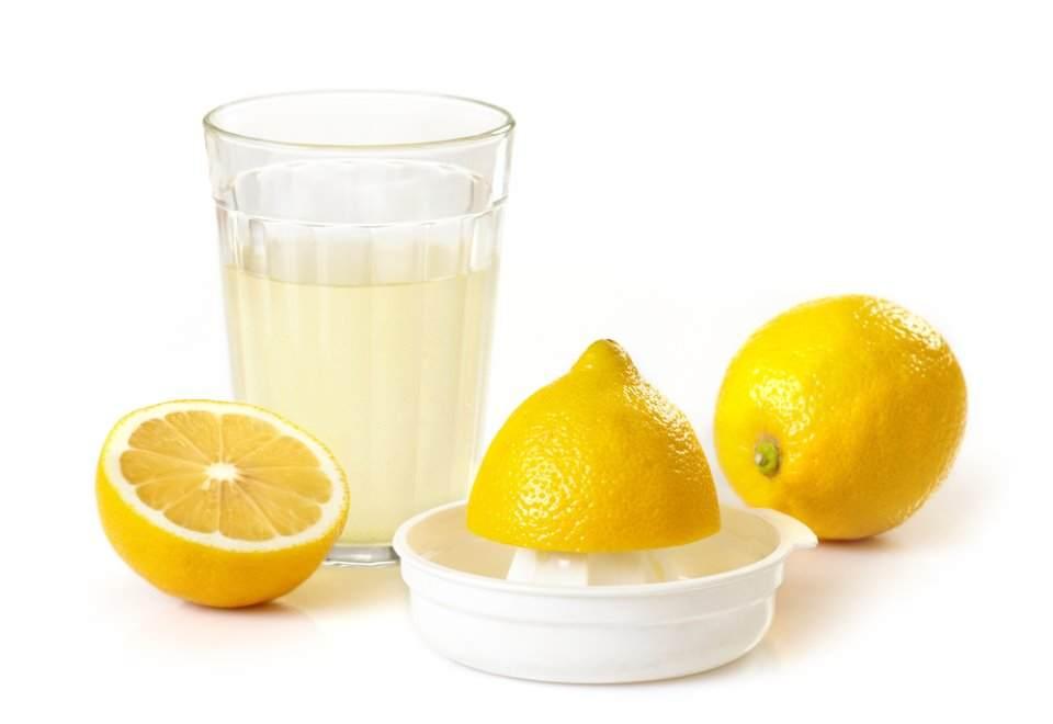 عصير-الليمون-لتبييض-اليدين