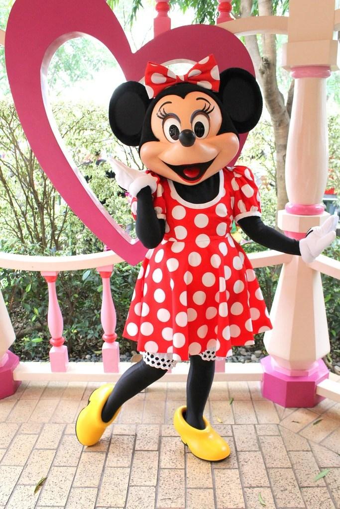 Mt. Mickey is 14,831 feet tall, whereas Mr. Minnie is 18,940 feet tall.