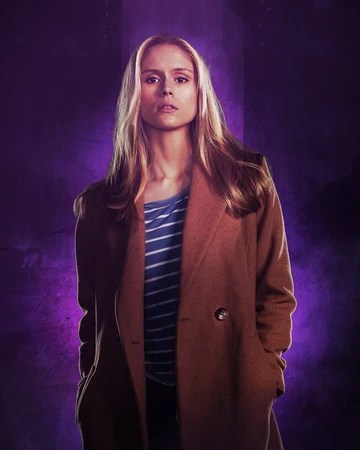 Erin Moriarty Talks Hope's Story In Jessica Jones