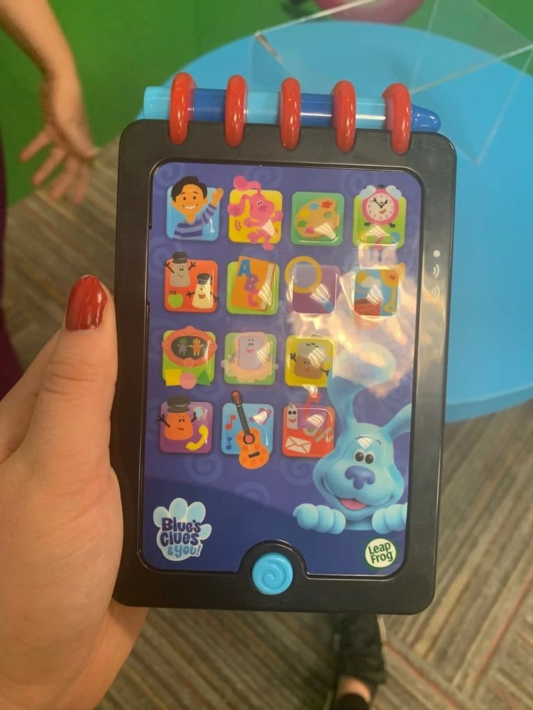 Blue's Clues Notebook Phone : blue's, clues, notebook, phone, Really, Smart, Handy, Dandy, Notebook, Blue's, Clues, Fandom