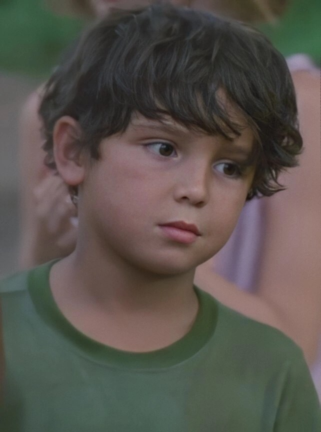 Morales The Walking Dead : morales, walking, Louis, Morales, Series), Walking, Fandom