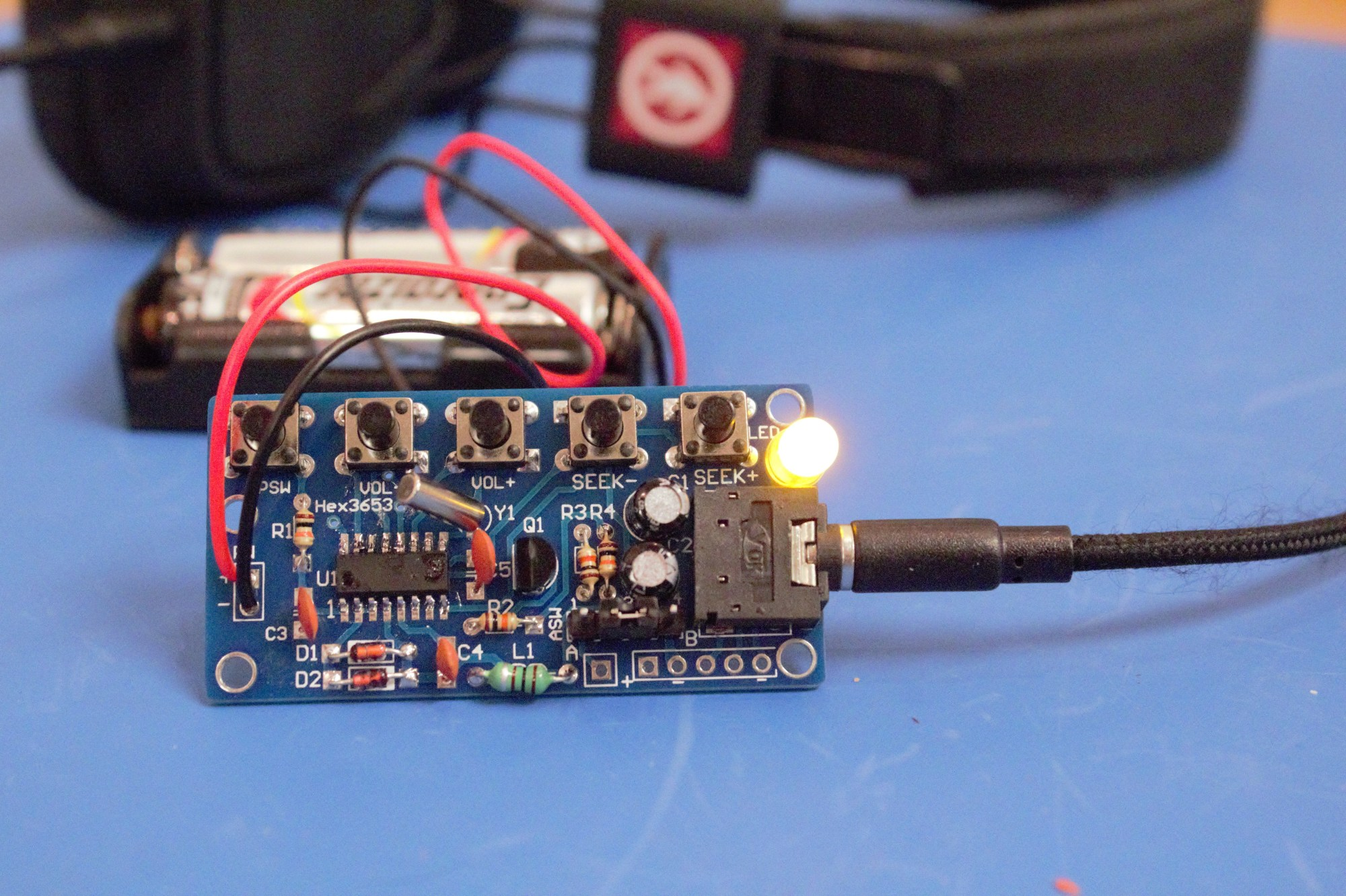 hight resolution of step by step guide to building the fm radio receiver hex 3653 chip kit