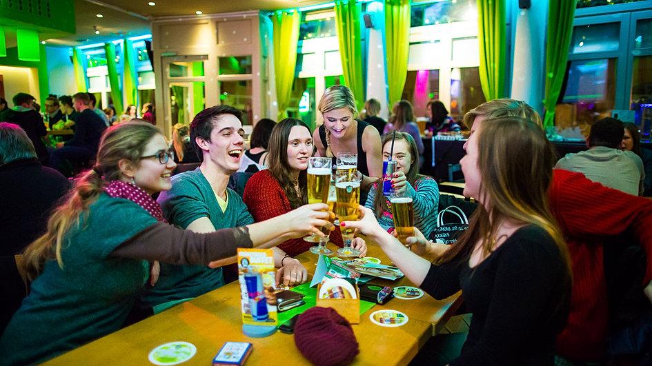 Wohnzimmer Bar Coburg  Wrzburg  WOHNZIMMER WUERZBURG