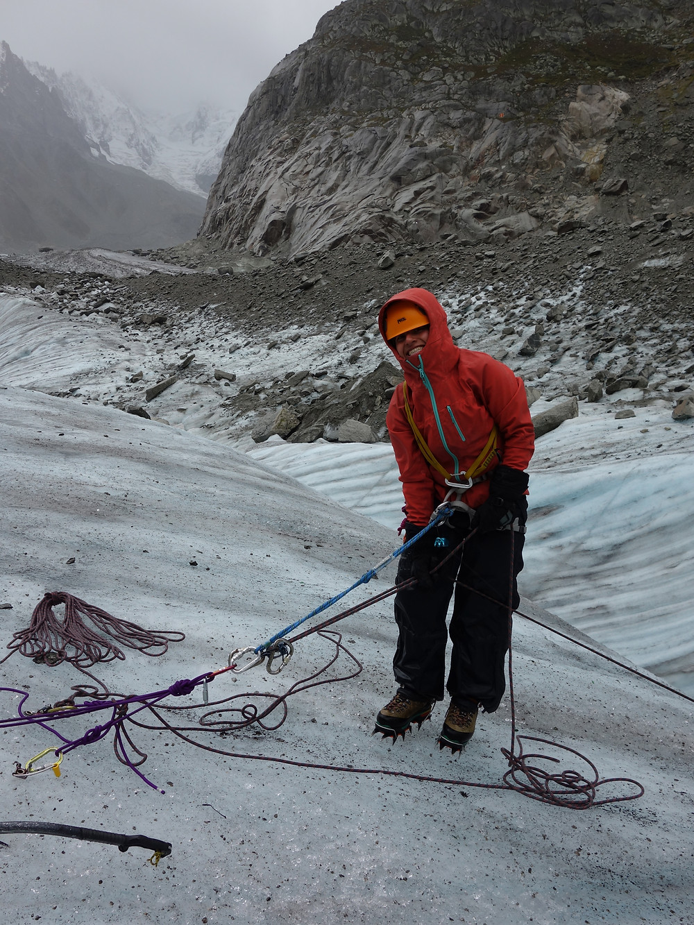 Himalaya Halle Iran Female Team On The Mer De Glace